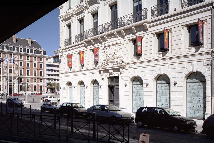 Leteissier Corriol - Agence d'architecture - Maison jeunesse et sports Marseille 13
