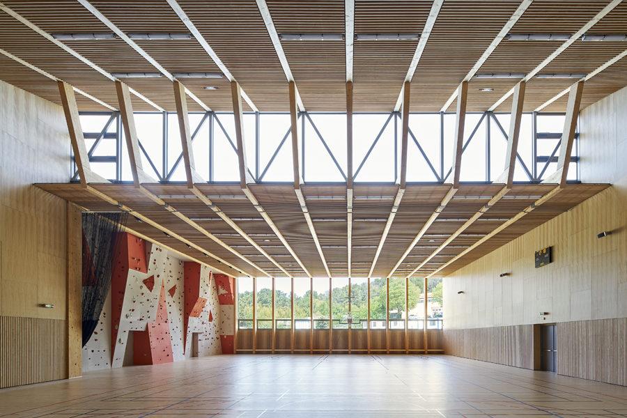 Leteissier Corriol - Agence d'architecture - Gymnase du lycée vitivinicole d'Orange nommé aux ADC Awards 2019